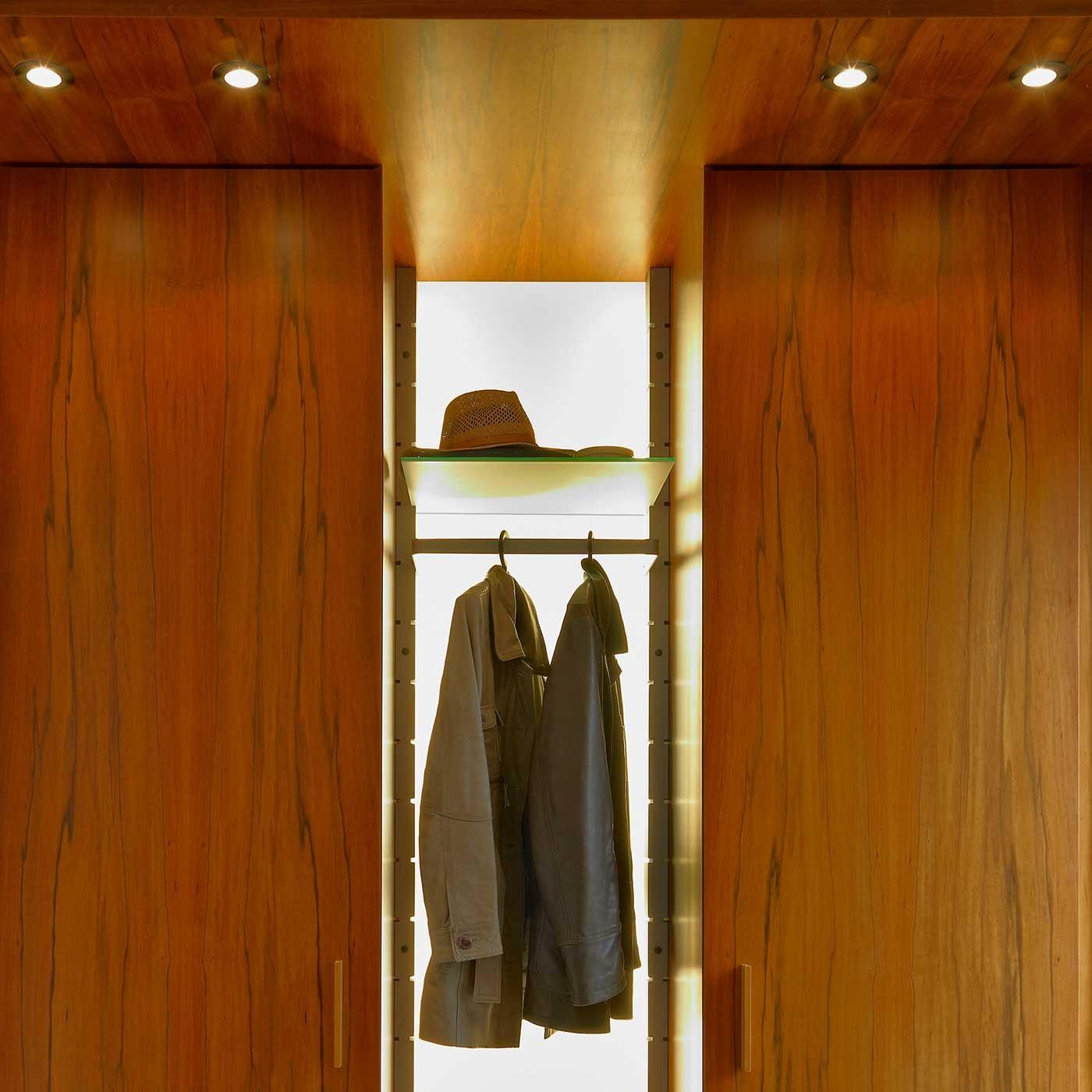 Garderobe hall stand prime xl 81 anbauelement for Garderobe 30 cm