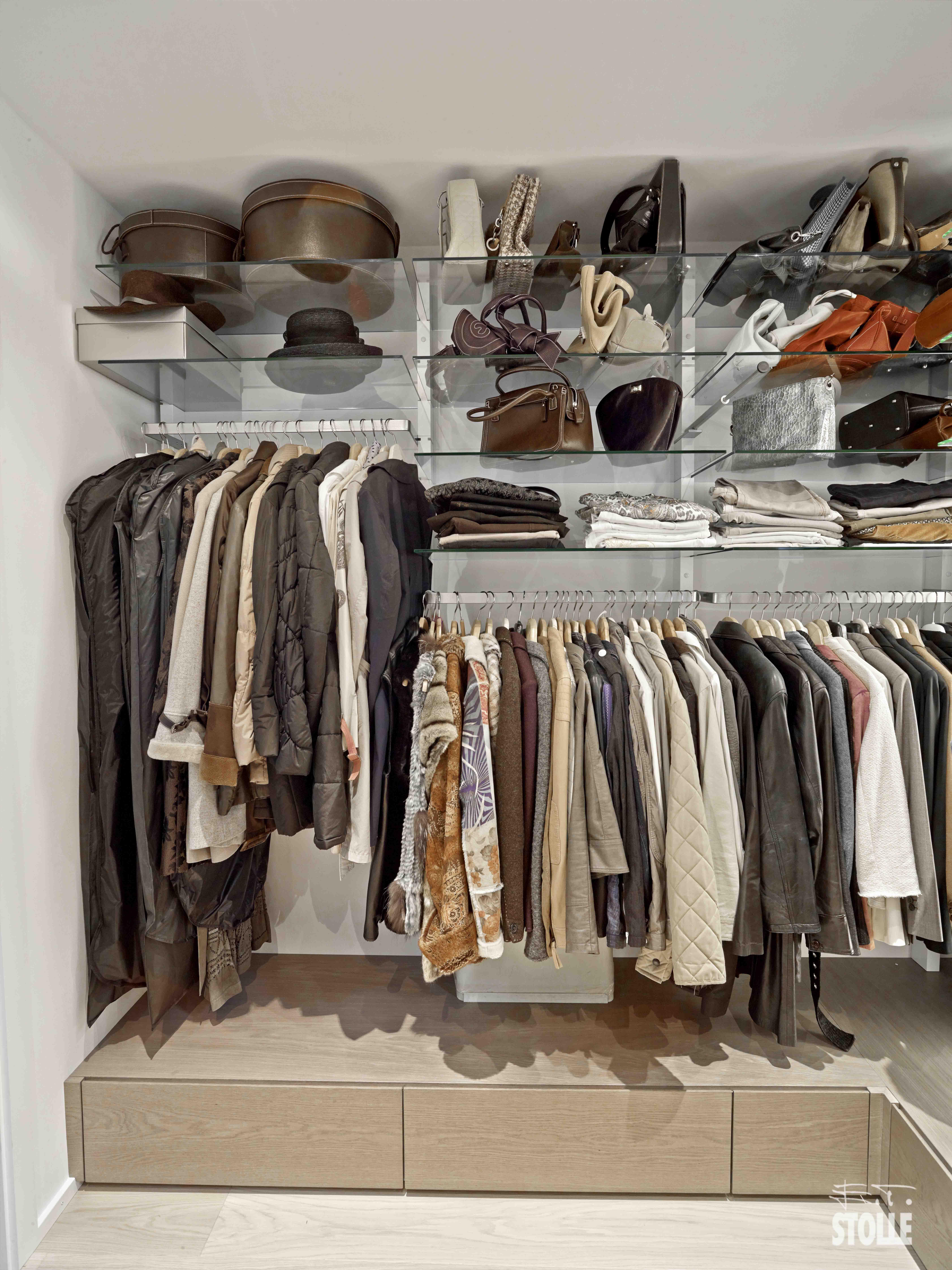 das perfekte ankleidezimmer so planst du es richtig do it yourself ideen. Black Bedroom Furniture Sets. Home Design Ideas